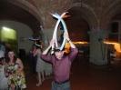 English Wedding party in Castagno Gambassi Terme - jocke with ballon art